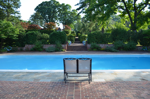 view-from-pool-toward-path-from-house-verulam